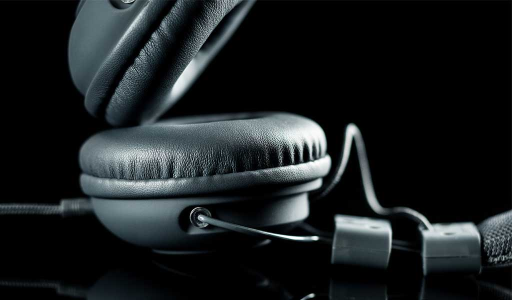 What are the Best Headphones for Voice-Over?