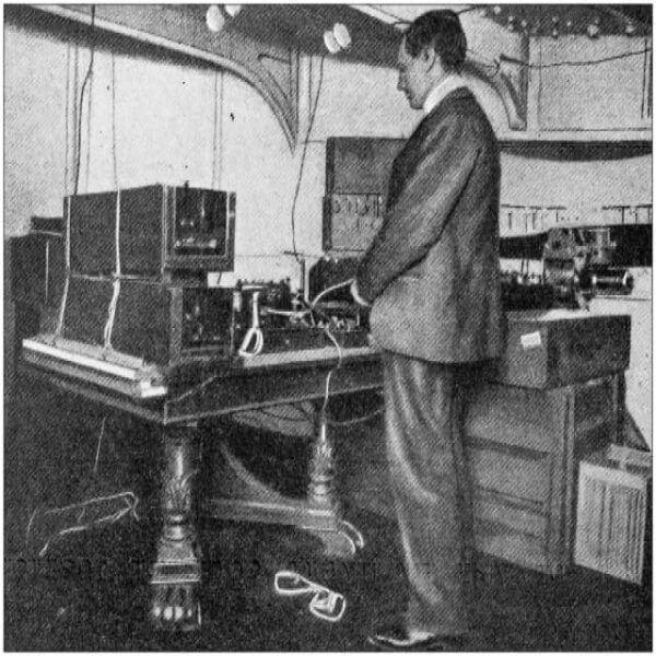 Marconi and the first radio in voice-over history